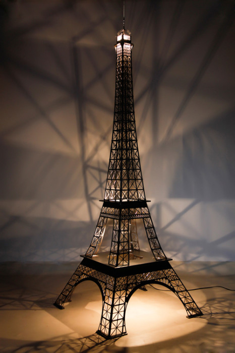 Tour Eiffel de decoration gold effect